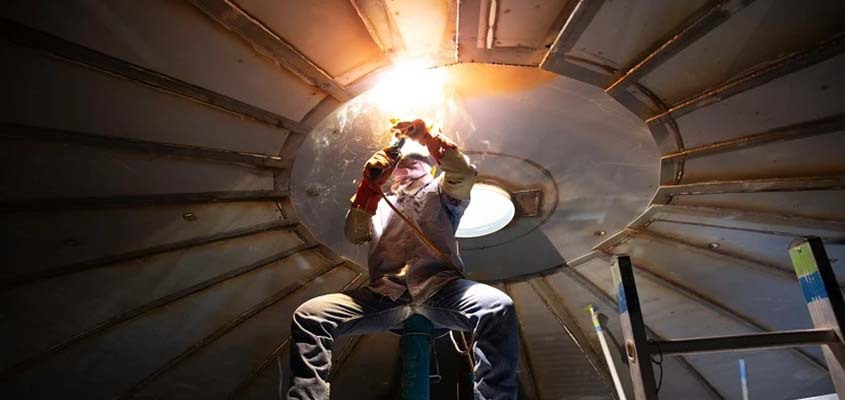 How Aviation Welders Can Protect Themselves From Hazards