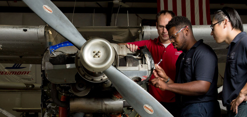 Qualities Of Expert Aircraft Maintenance Technicians